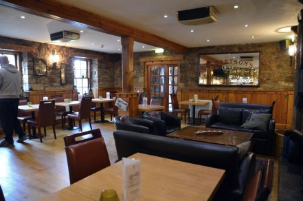 dornoch castle hotel Whisky bar