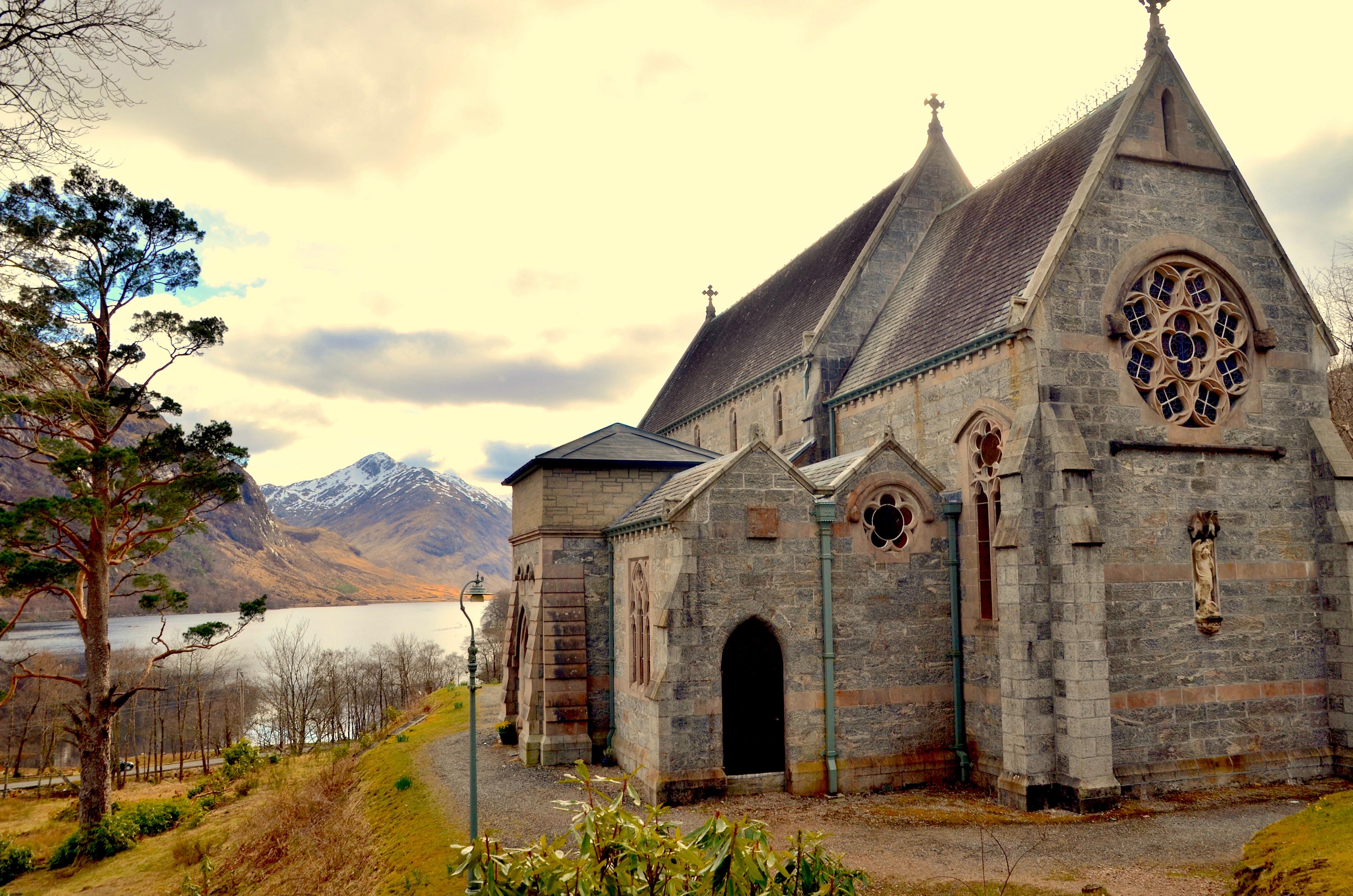 church at Glenfinan monument @shutterstock
