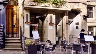 Angels and Bagpipes Restaurant Edinburgh