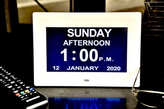 Dayclox digital clock